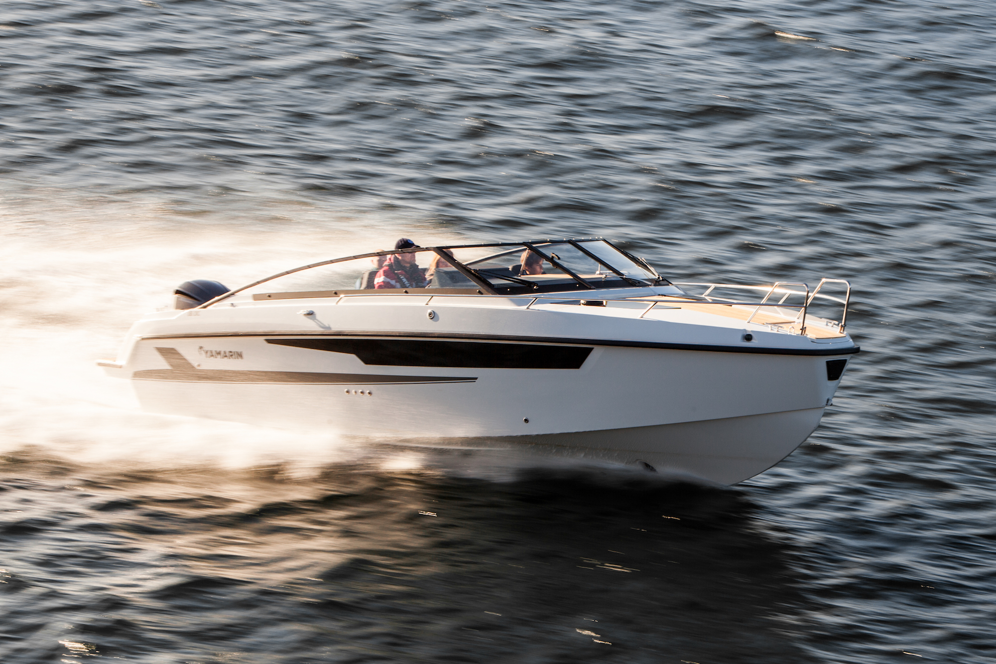 Yamarin 88 DC will be presented at the Düsseldorf boat show