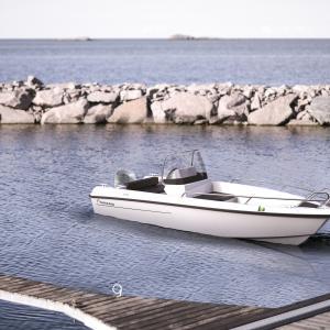 Yamarin 46 SC, den praktiska och trygga konsolbåten för sommarstugan och är den minsta båtnyheten i Yamarins modellsortiment för säsongen 2019.