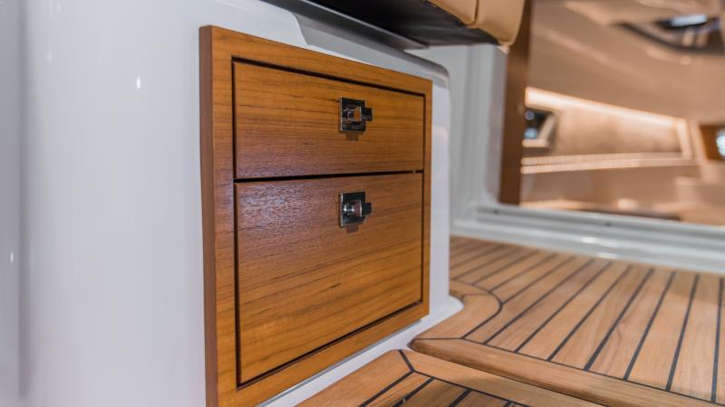 Yamarin 88 DC Premium wooden details