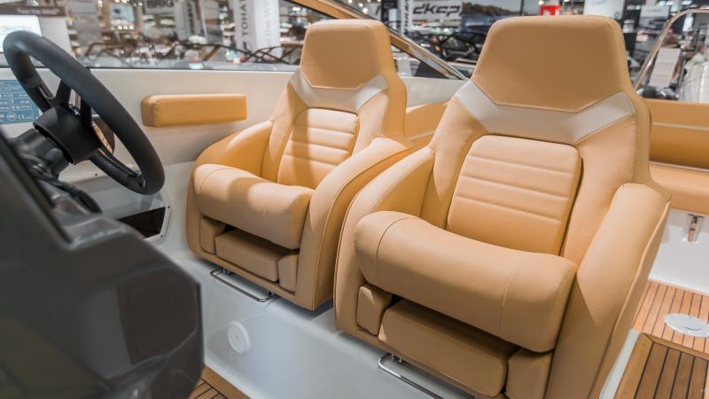 Yamarin 88 DC Premium seats sahara